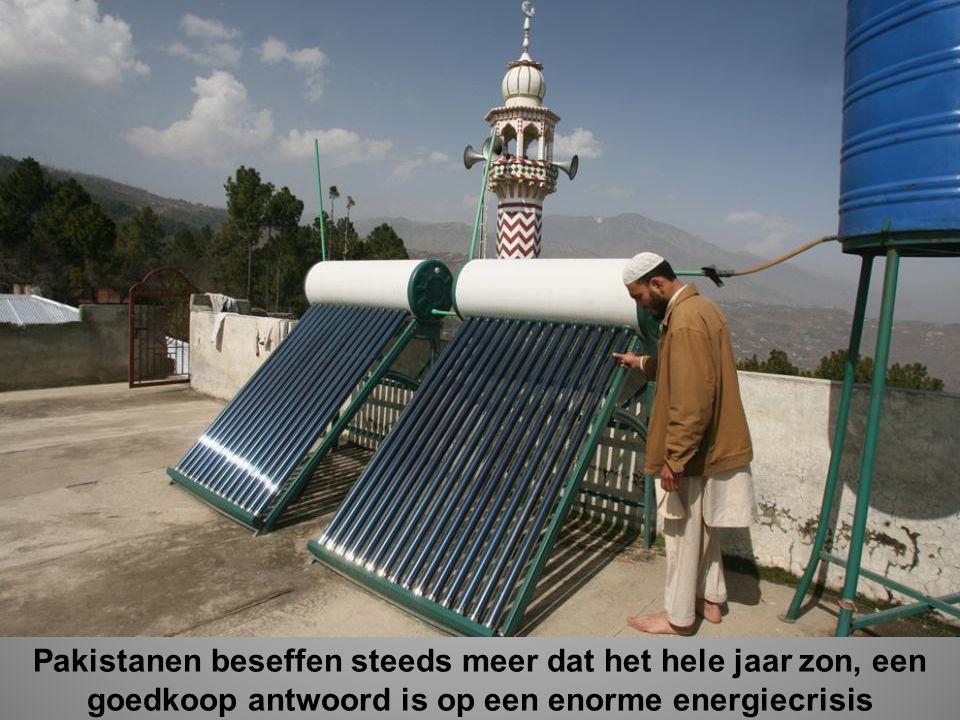 Pakistanen beseffen steeds meer dat het hele jaar zon, een goedkoop antwoord is op een enorme energiecrisis