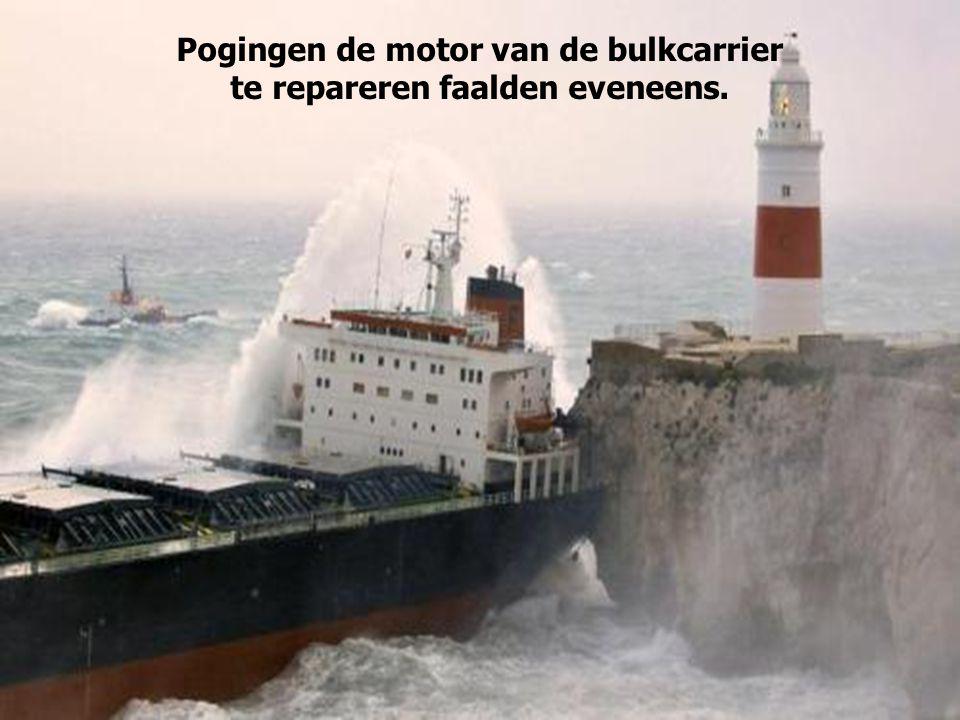 Pogingen de motor van de bulkcarrier te repareren faalden eveneens.