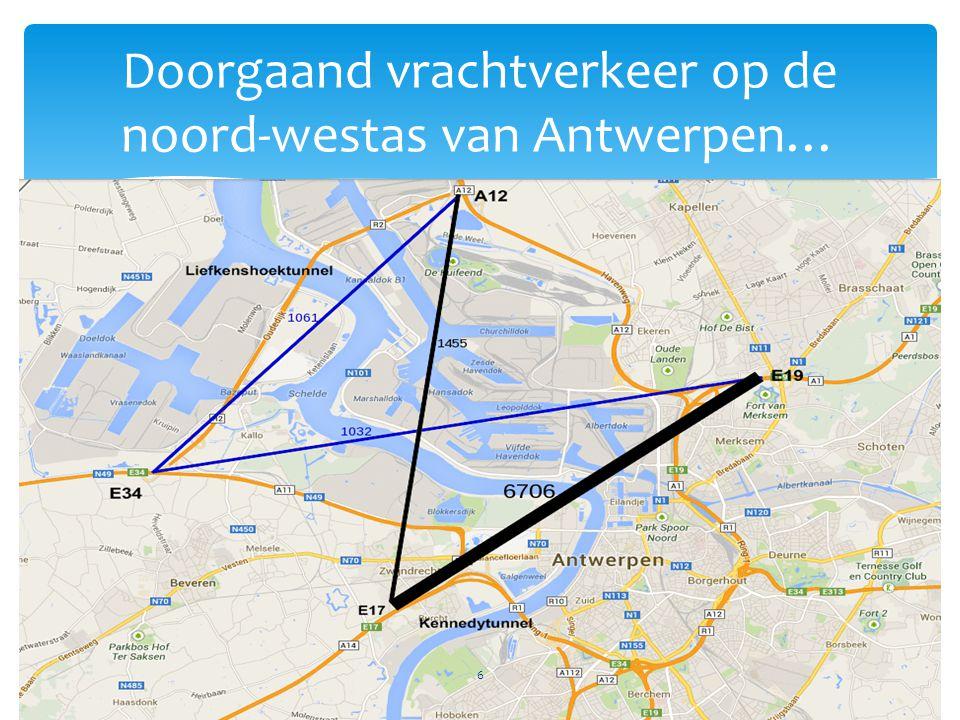 Doorgaand vrachtverkeer op de noord-westas van Antwerpen…