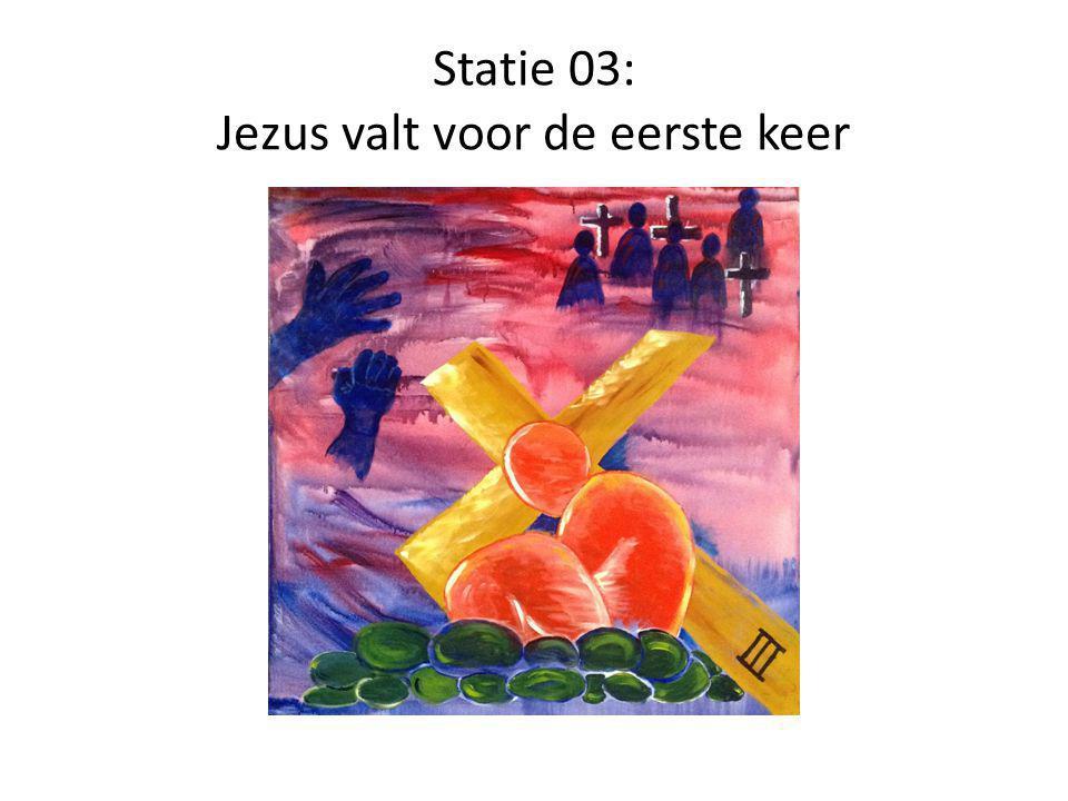 Statie 03: Jezus valt voor de eerste keer