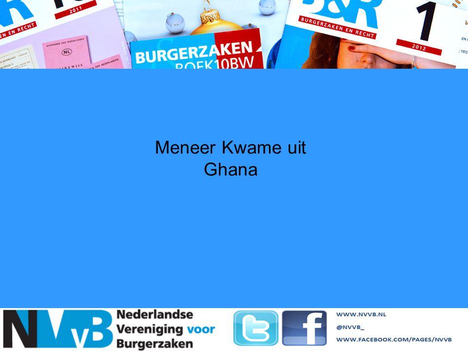 Meneer Kwame uit Ghana Gelegaliseerde geboorteakte tonen