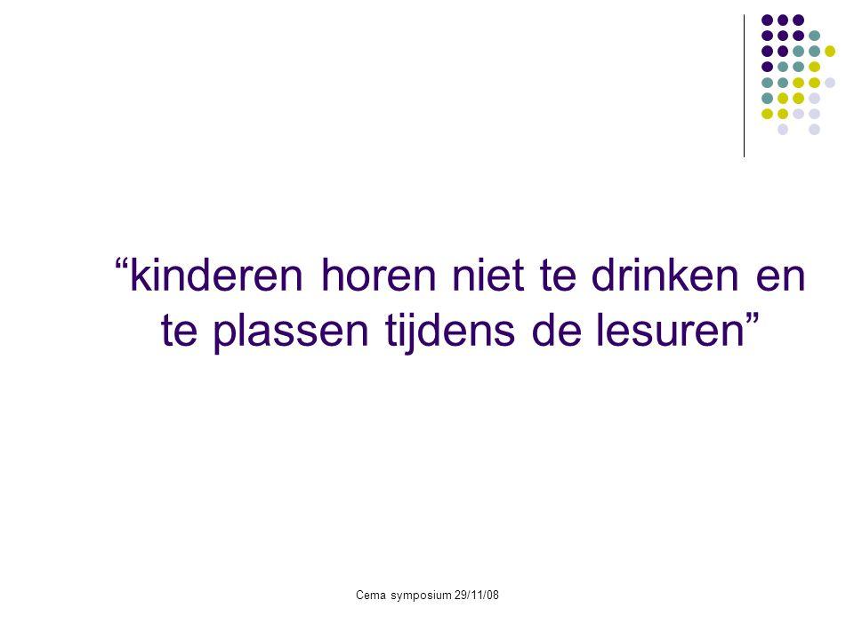 kinderen horen niet te drinken en te plassen tijdens de lesuren