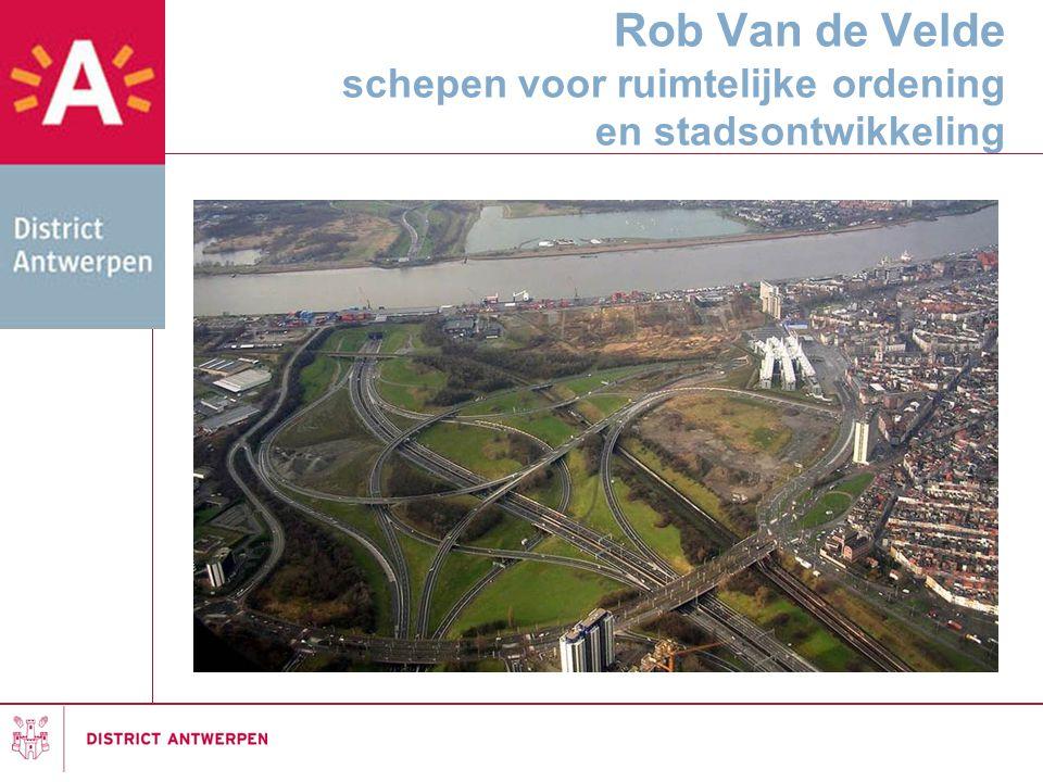 Rob Van de Velde schepen voor ruimtelijke ordening en stadsontwikkeling