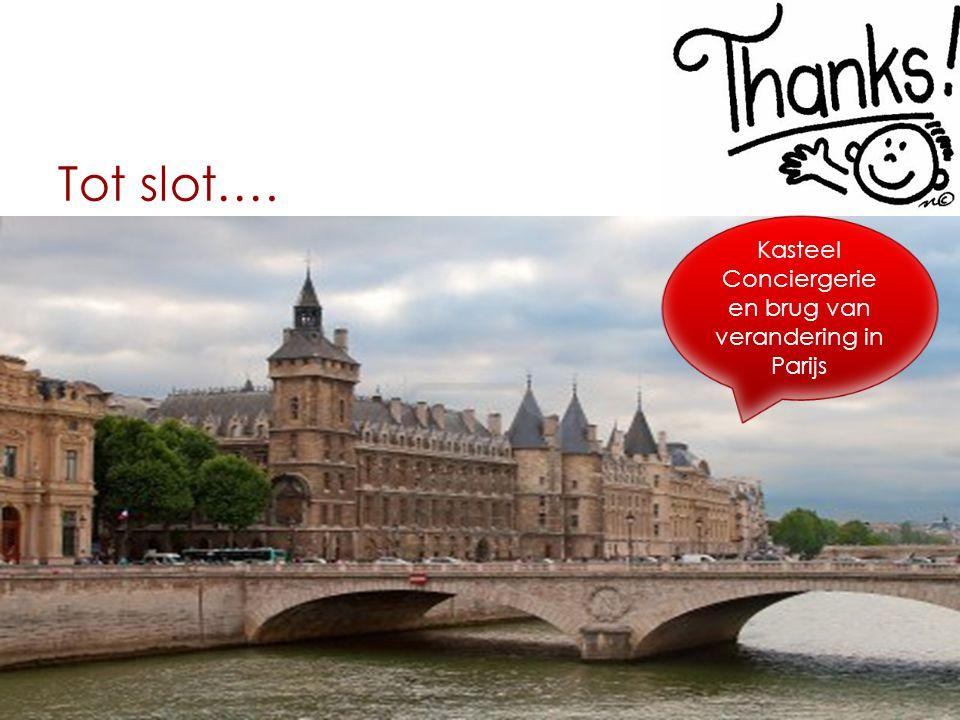 Kasteel Conciergerie en brug van verandering in Parijs