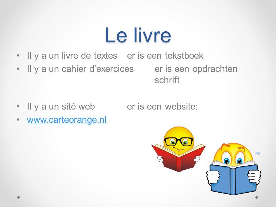 Le livre Il y a un livre de textes er is een tekstboek