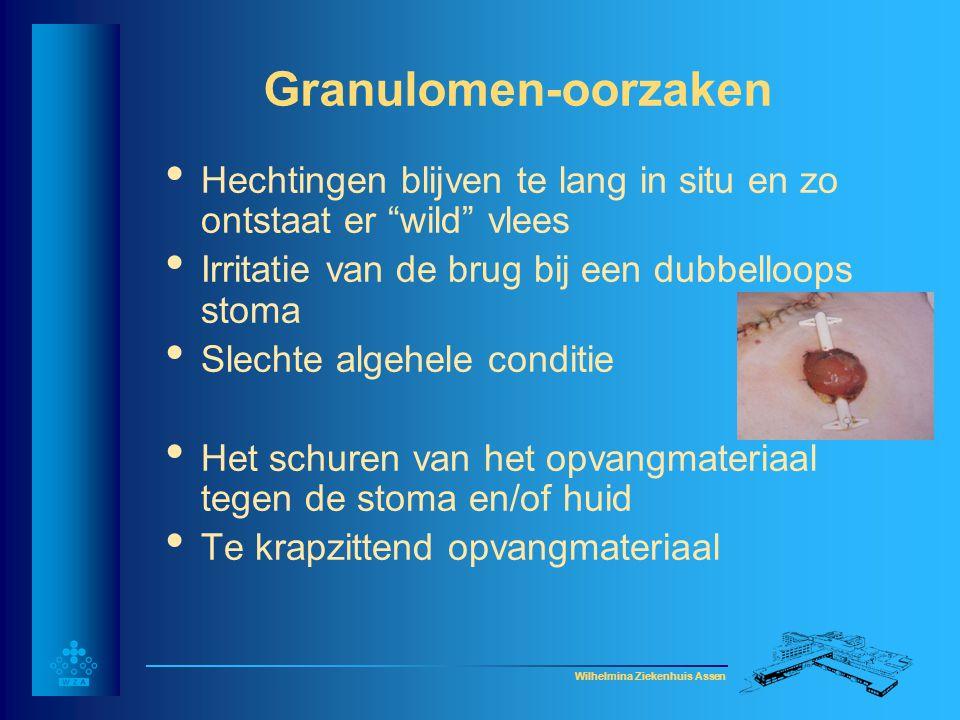 Granulomen-oorzaken Hechtingen blijven te lang in situ en zo ontstaat er wild vlees. Irritatie van de brug bij een dubbelloops stoma.