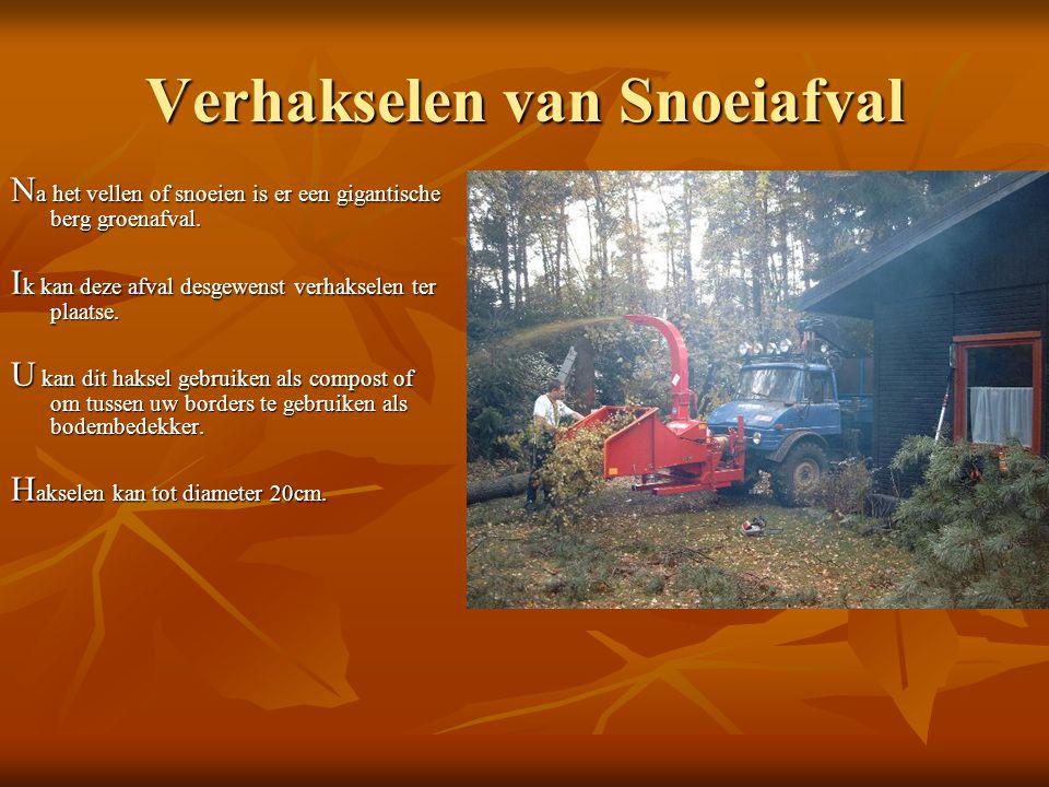 Verhakselen van Snoeiafval