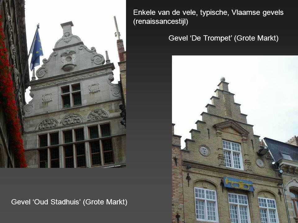 Enkele van de vele, typische, Vlaamse gevels (renaissancestijl)