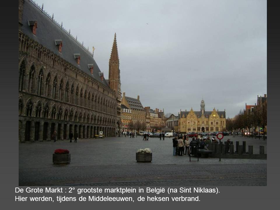 De Grote Markt : 2° grootste marktplein in België (na Sint Niklaas)