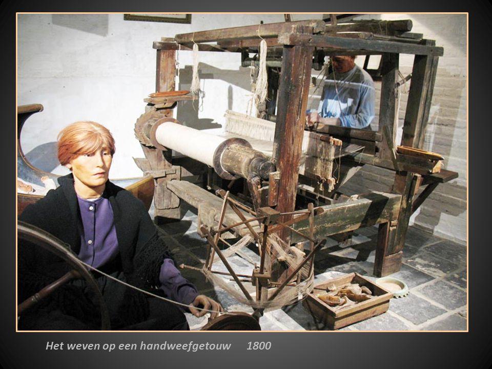 Het weven op een handweefgetouw 1800