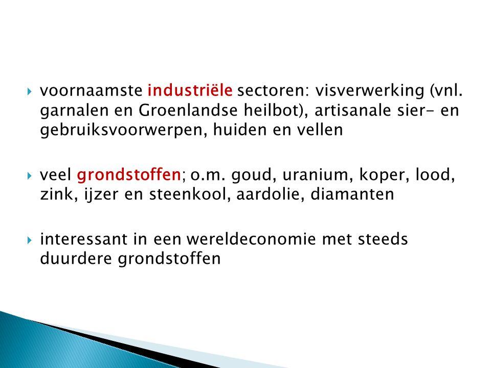 voornaamste industriële sectoren: visverwerking (vnl