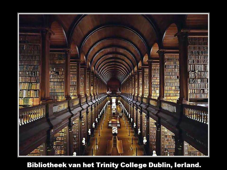 Bibliotheek van het Trinity College Dublin, Ierland.