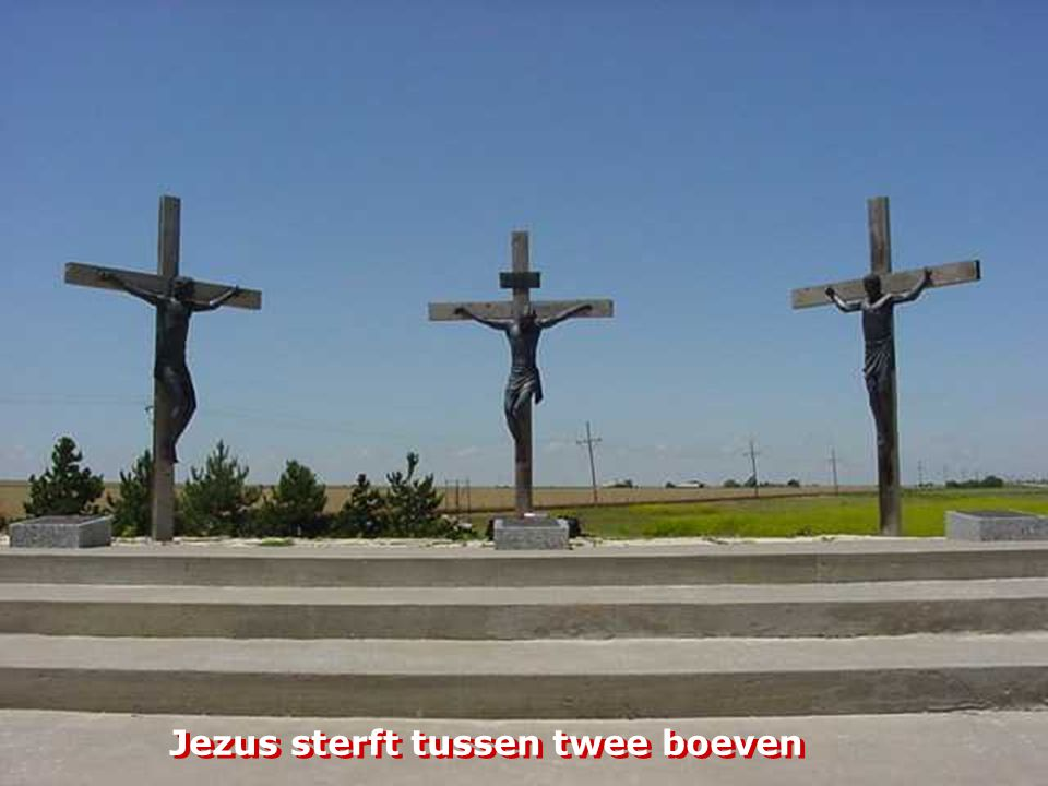 Jezus sterft tussen twee boeven