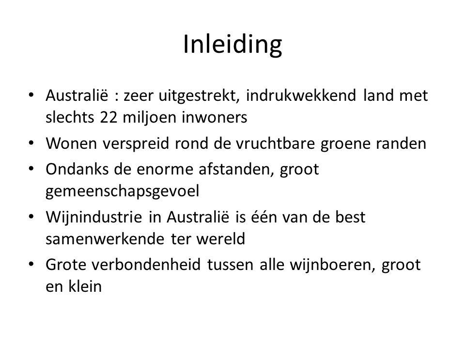 Inleiding Australië : zeer uitgestrekt, indrukwekkend land met slechts 22 miljoen inwoners. Wonen verspreid rond de vruchtbare groene randen.