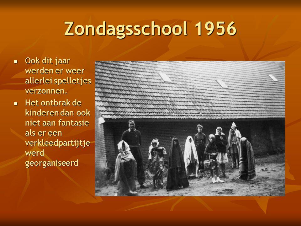 Zondagsschool 1956 Ook dit jaar werden er weer allerlei spelletjes verzonnen.