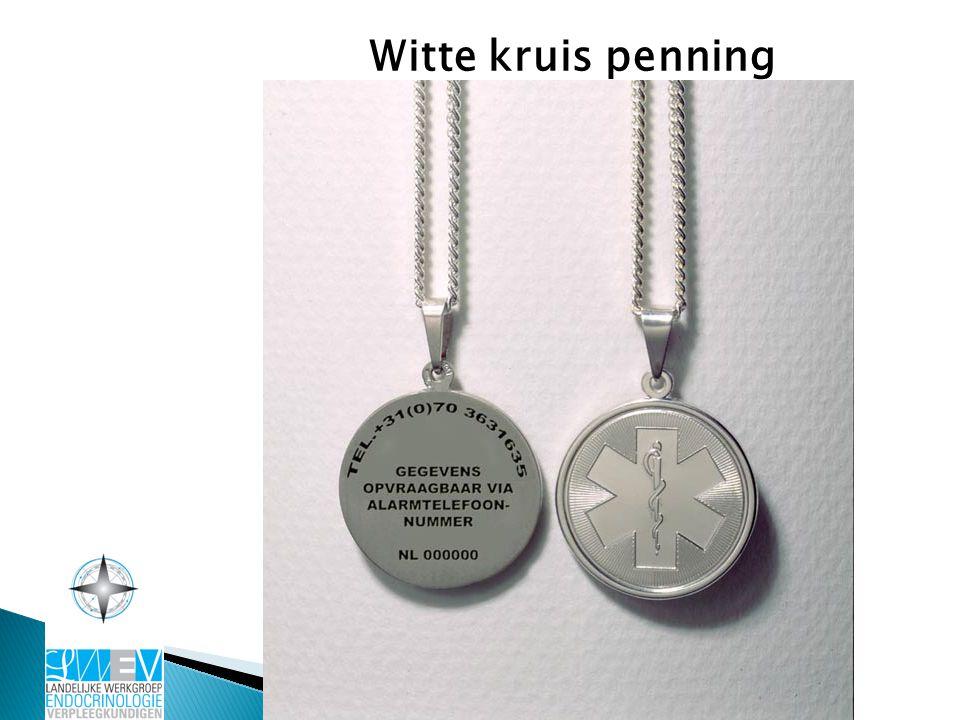 Witte kruis penning