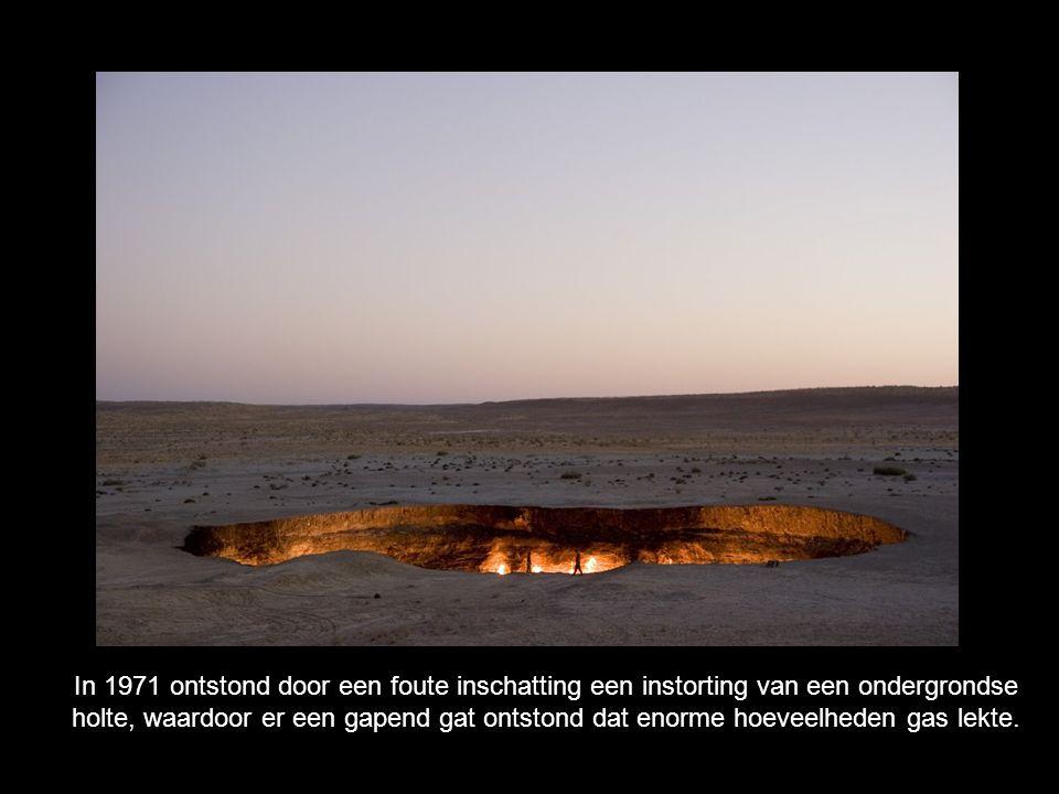 In 1971 ontstond door een foute inschatting een instorting van een ondergrondse holte, waardoor er een gapend gat ontstond dat enorme hoeveelheden gas lekte.