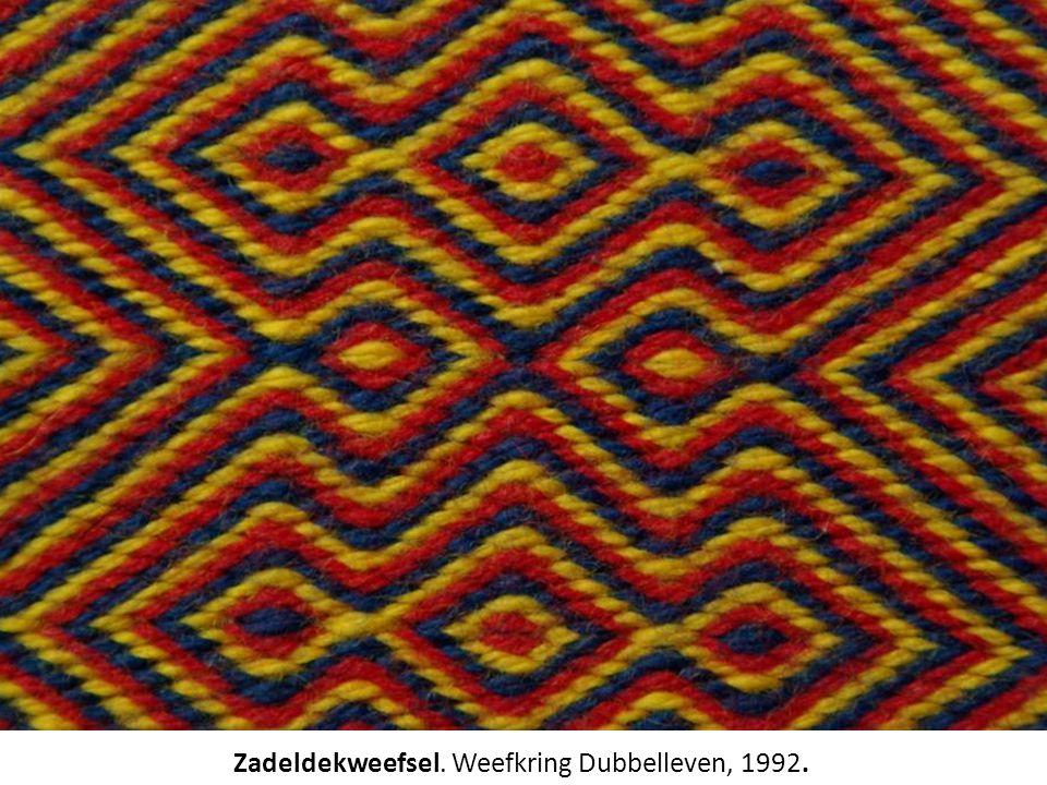 Zadeldekweefsel. Weefkring Dubbelleven, 1992.