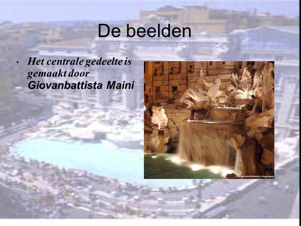 De beelden Het centrale gedeelte is gemaakt door Giovanbattista Maini