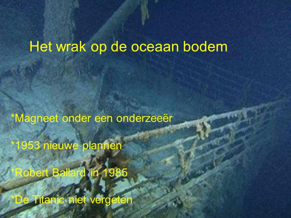 Het wrak op de oceaan bodem