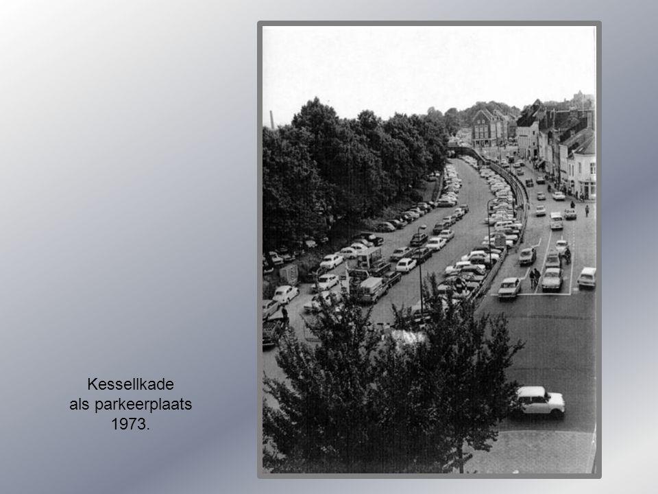 Kessellkade als parkeerplaats 1973.