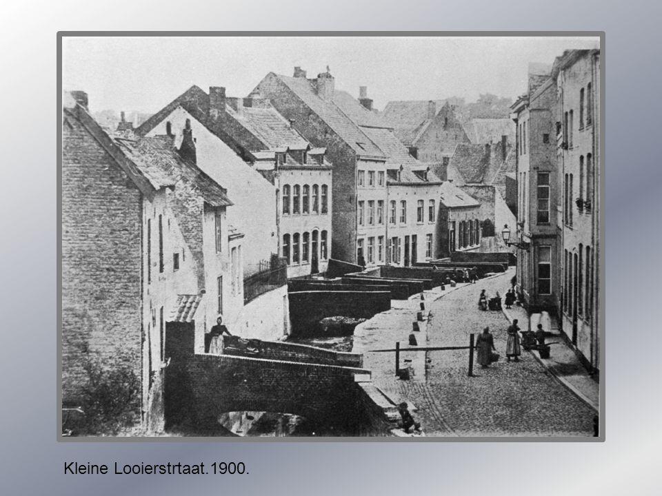Kleine Looierstrtaat.1900.