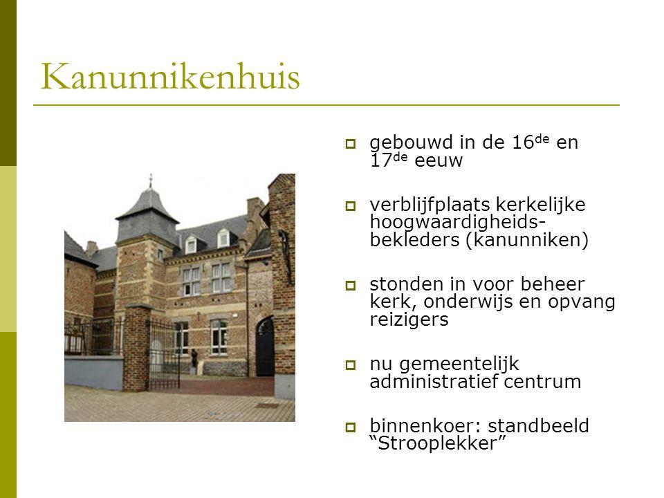 Kanunnikenhuis gebouwd in de 16de en 17de eeuw