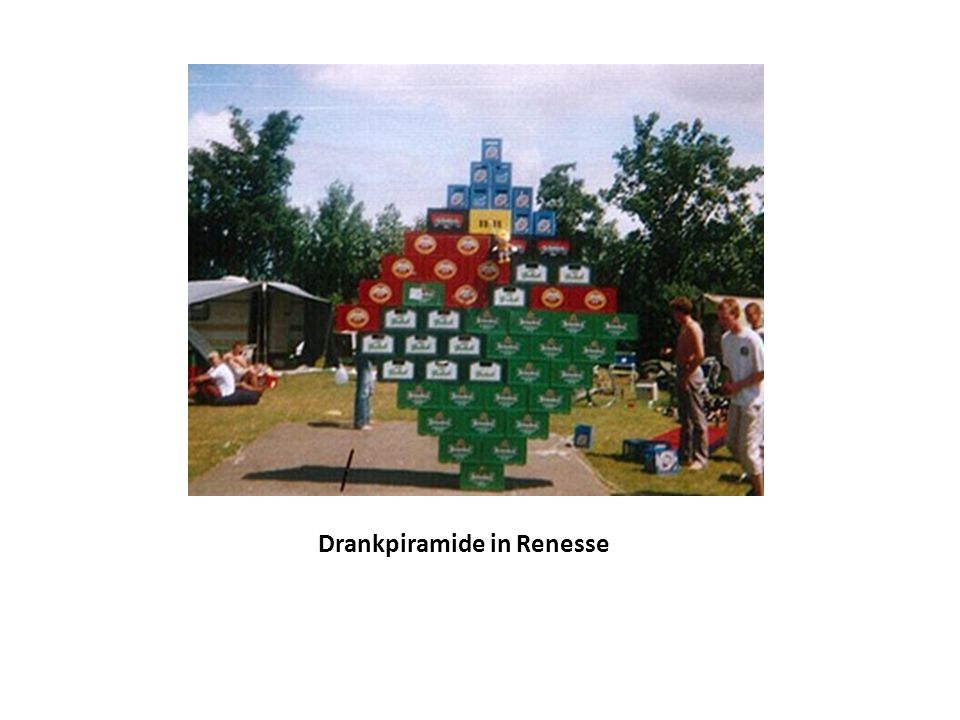 Drankpiramide in Renesse