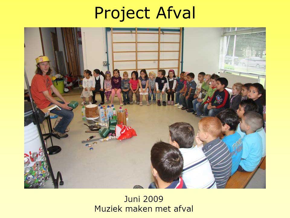 Juni 2009 Muziek maken met afval