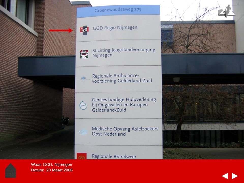 PLEK In deze dia-soort kun je de plek laten zien, het gebouw of de ruimte. Kan in een of meerdere dia.