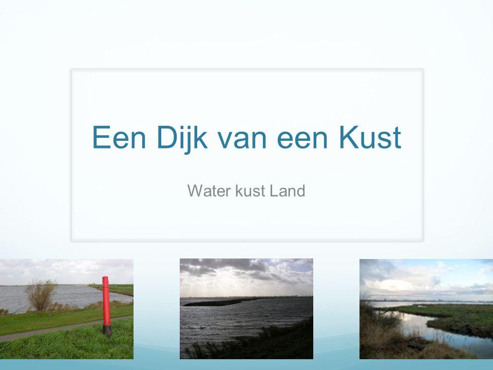 Een Dijk van een Kust Water kust Land