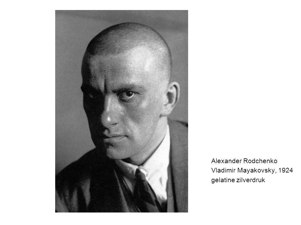 Alexander Rodchenko Vladimir Mayakovsky, 1924 gelatine zilverdruk