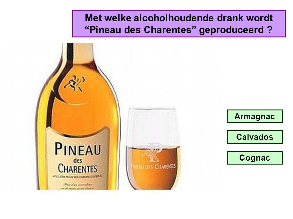 Met welke alcoholhoudende drank wordt Pineau des Charentes geproduceerd
