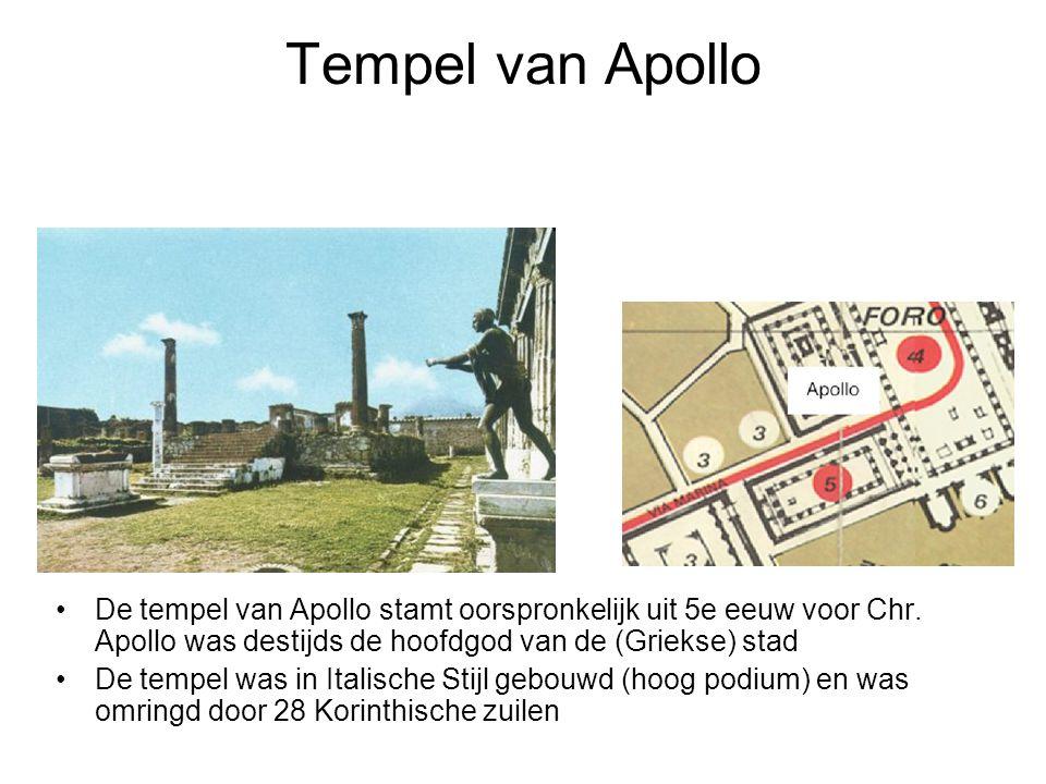 Tempel van Apollo De tempel van Apollo stamt oorspronkelijk uit 5e eeuw voor Chr. Apollo was destijds de hoofdgod van de (Griekse) stad.