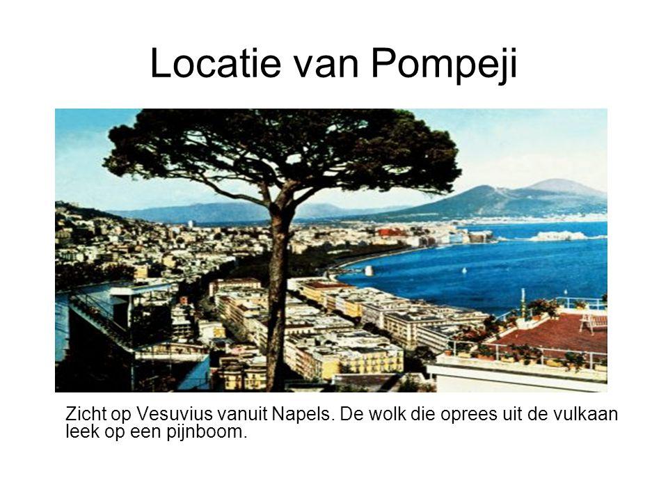 Locatie van Pompeji Zicht op Vesuvius vanuit Napels.