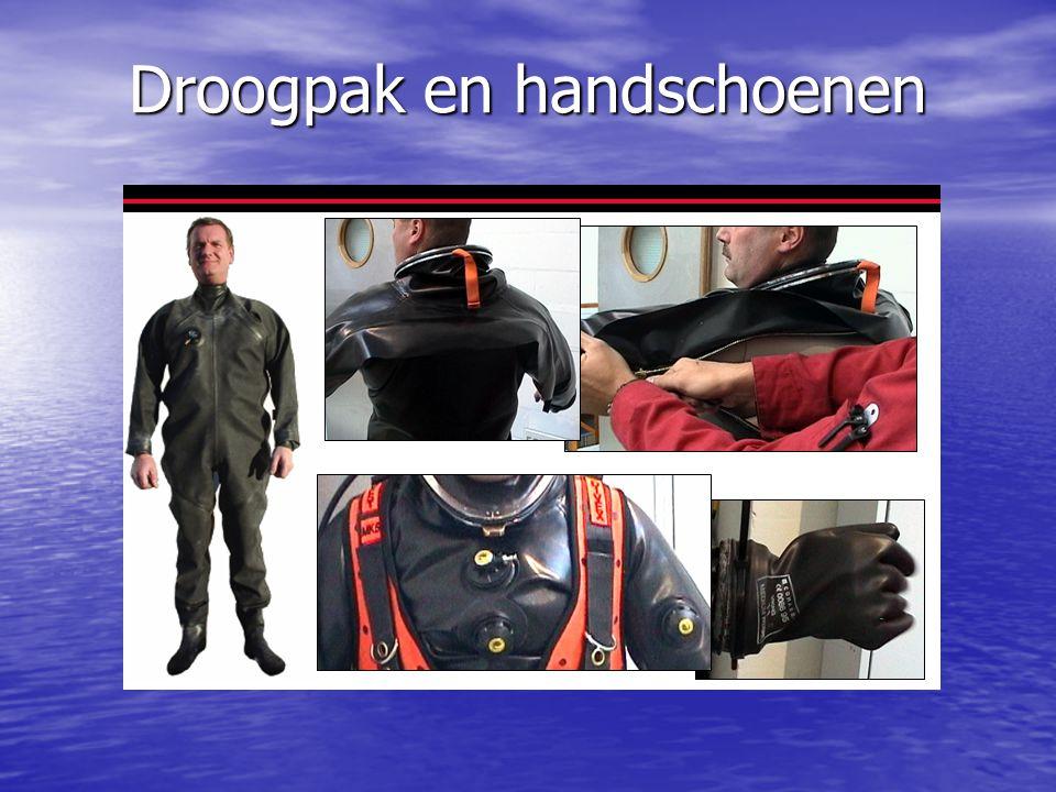 Droogpak en handschoenen