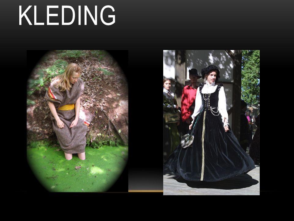 Kleding Er was een duidelijk verschil in de arme en de rijke de arme maaktten hun kleding zelf en de rijke lieten da voor hun doen.