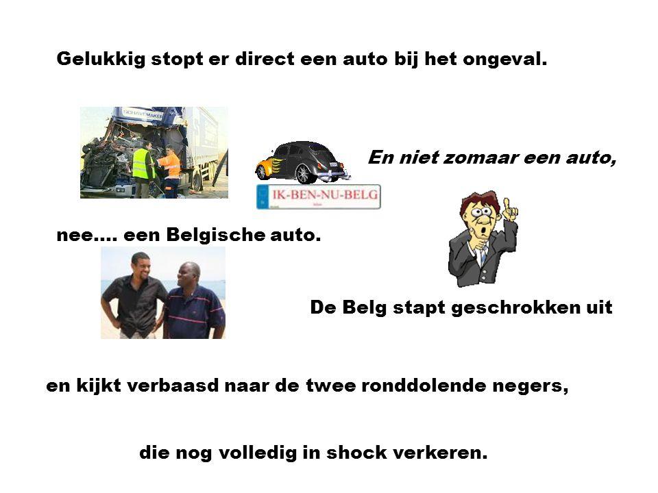Gelukkig stopt er direct een auto bij het ongeval.