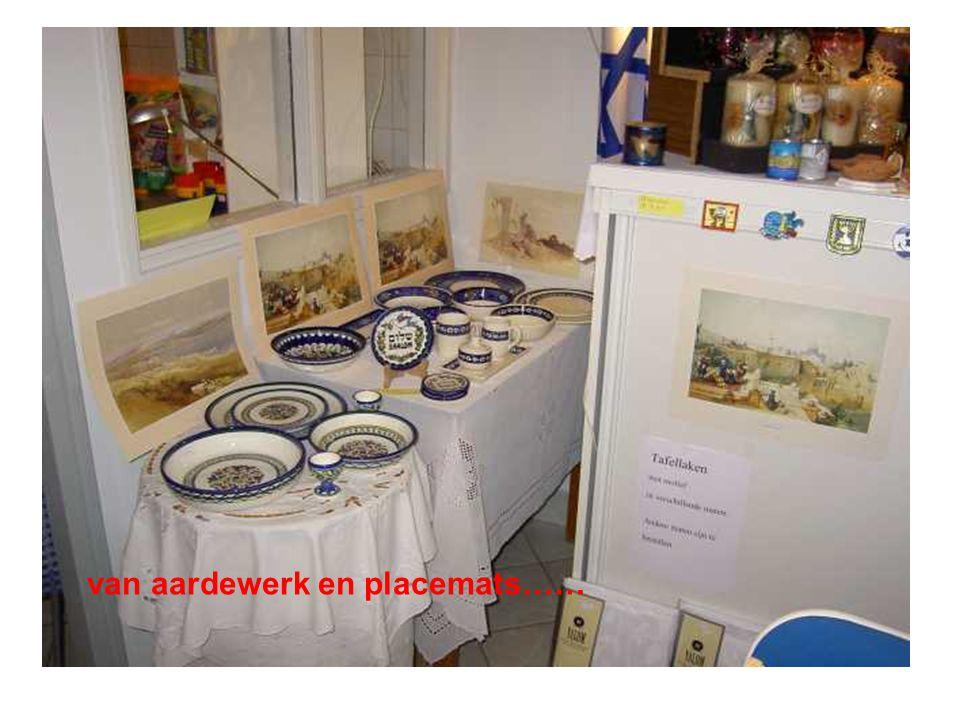 van aardewerk en placemats……