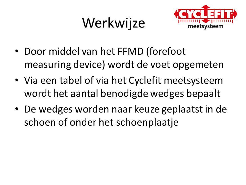 Werkwijze Door middel van het FFMD (forefoot measuring device) wordt de voet opgemeten.