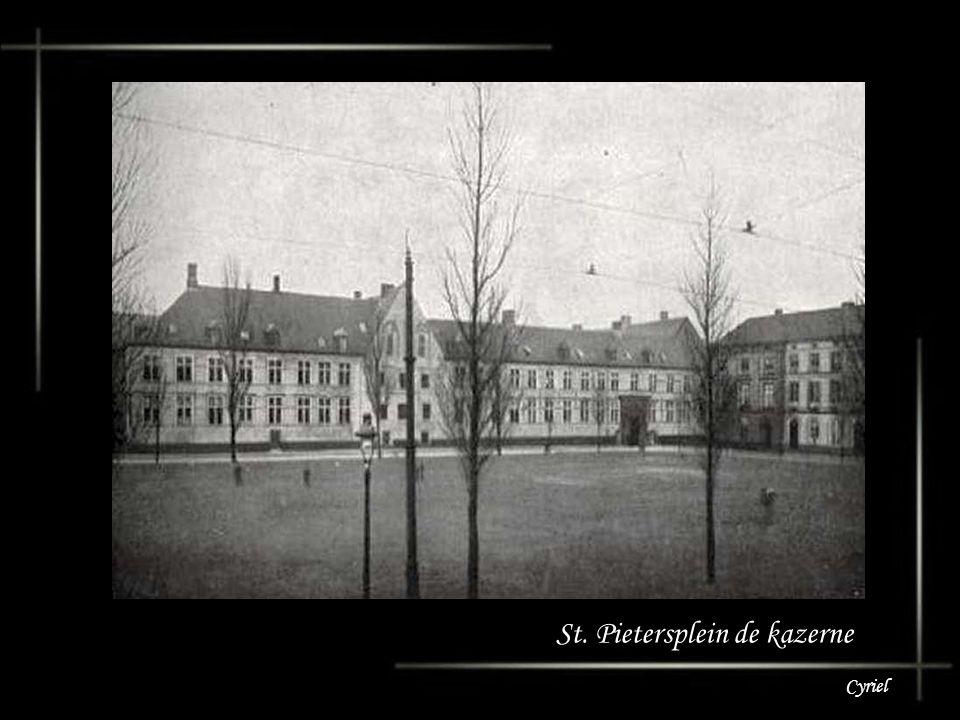 St. Pietersplein de kazerne