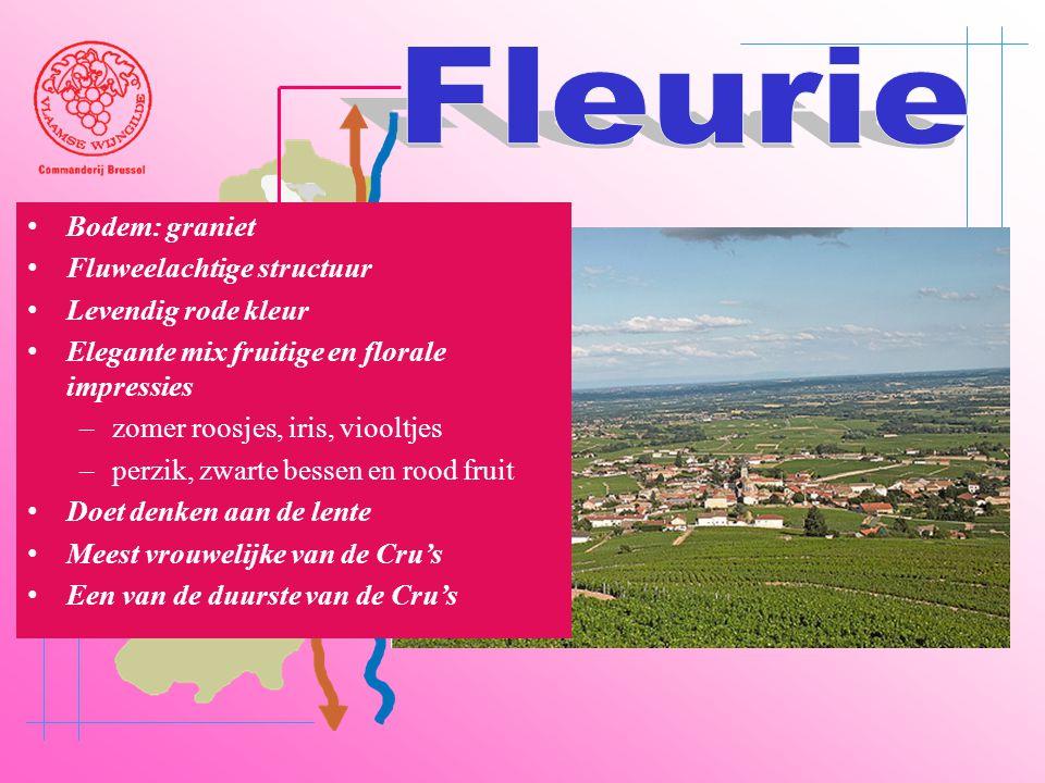 Fleurie Bodem: graniet Fluweelachtige structuur Levendig rode kleur