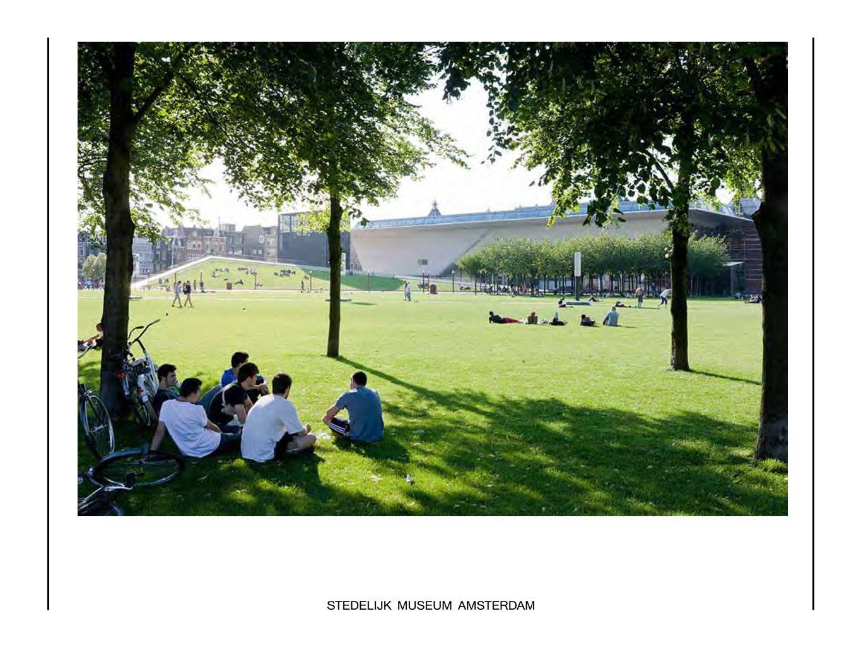 Het Stedelijk Museum, sinds 23 september open voor het publiek