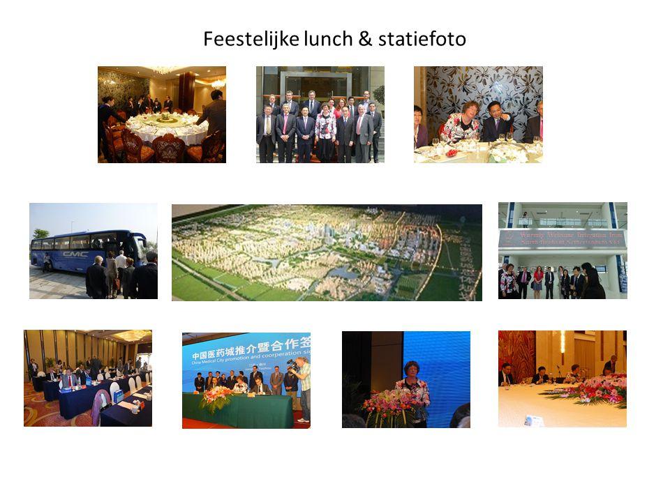 Feestelijke lunch & statiefoto