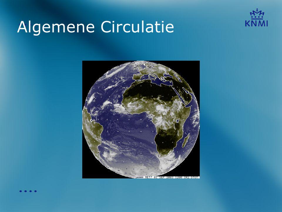 Algemene Circulatie Zoals jullie zien op deze satelliet beelden is de atmosfeer rond de aarde voortdurend in beweging. Hoe komt dit nu eigenlijk