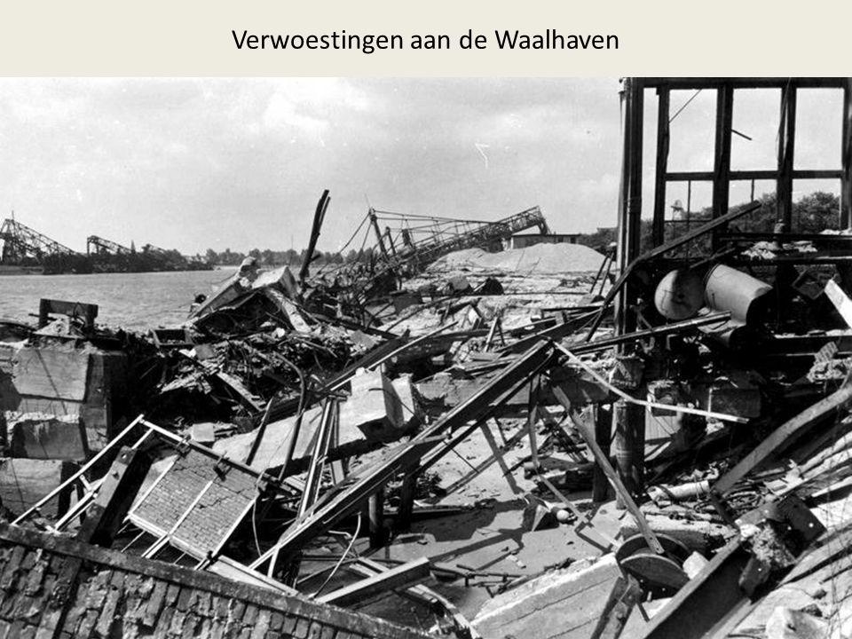 Verwoestingen aan de Waalhaven