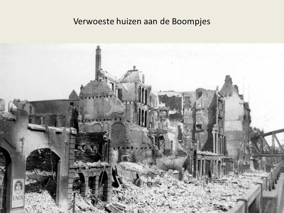 Verwoeste huizen aan de Boompjes