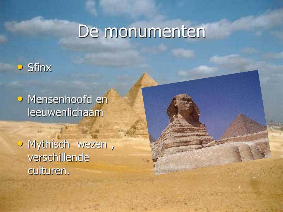 De monumenten Sfinx Mensenhoofd en leeuwenlichaam