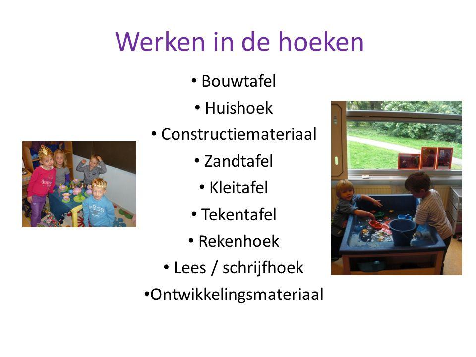 Werken in de hoeken Bouwtafel Huishoek Constructiemateriaal Zandtafel