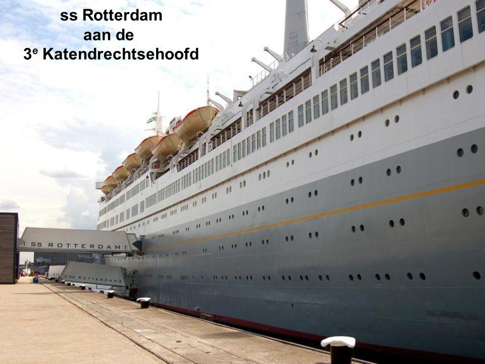 ss Rotterdam aan de 3e Katendrechtsehoofd